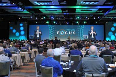 iPad Zauberer Simon Pierro im Einsatz als Keynote Speaker